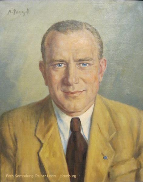 Hans Bornemann (* 21.06.1913 in Wattenscheid; † 30.04.1966) war ein deutscher Fußballspieler, der von 1934 bis 1942 mit dem FC Schalke 04 sechsmal deutscher Meister und einmal deutscher Pokalsieger wurde.