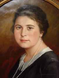 """Hier kommen Sie zu der Vergrößerung des Bildes """"Ausschnitt des Halbportrait einer jungen Frau"""", gemalt  vom Porträtmaler Alfred Janigk"""